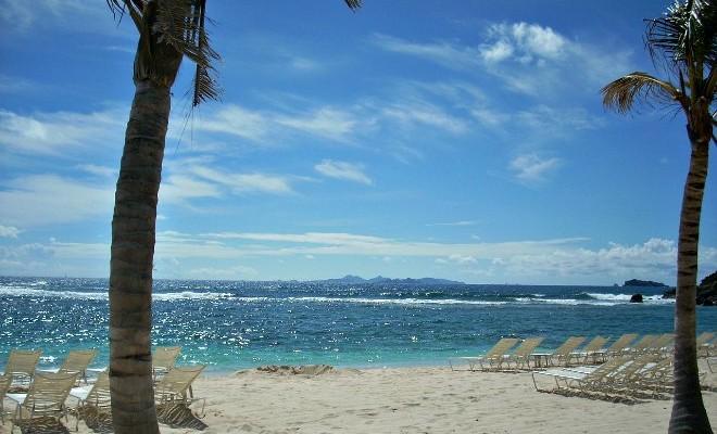 plage de baie rouge saint-martin